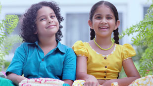 Signal Strong Teeth Avurudhu Sweets TVC (Sinhala - Aasmi)