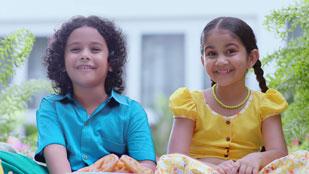 Signal Strong Teeth Avurudhu Sweets TVC (Sinhala - Peniwalalu)